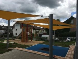 Sonnenschutz über dem Sandbereich in der KiTa Prima Klima, Wernau