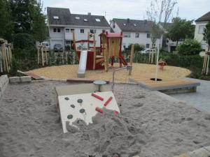 Piratenspielplatz im Fliederweg in Denkendorf